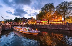 Night time cocktail cruise on Amsterdam's canals