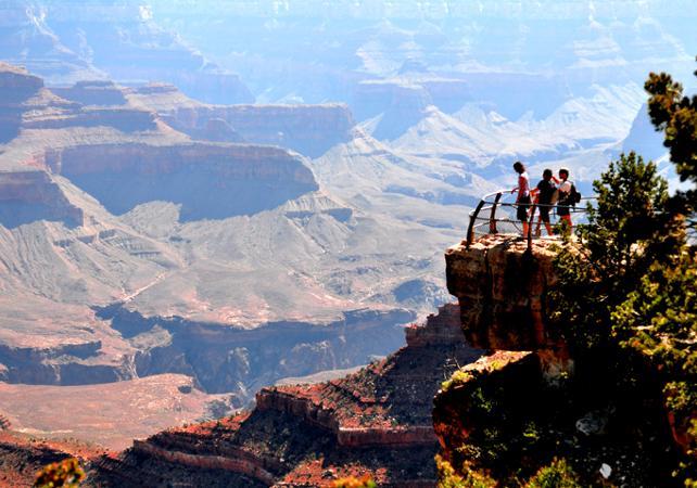 Photo Excursion au Grand Canyon South Rim avec escale au barrage Hoover - VIP Tour au départ de Las Vegas