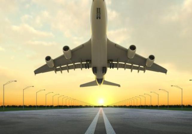 Transfert en navette partagée depuis votre hôtel jusqu'à l'aéroport de Philadelphie - Philadelphie - Ceetiz