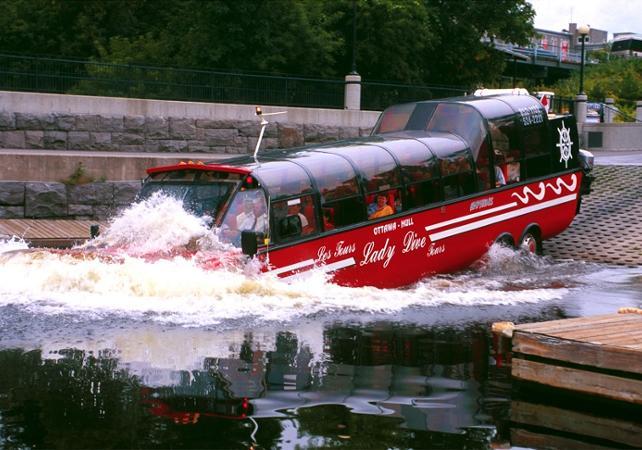 Photo Tour insolite d'Ottawa et de Gatineau en amphibus – visite sur terre et sur l'eau