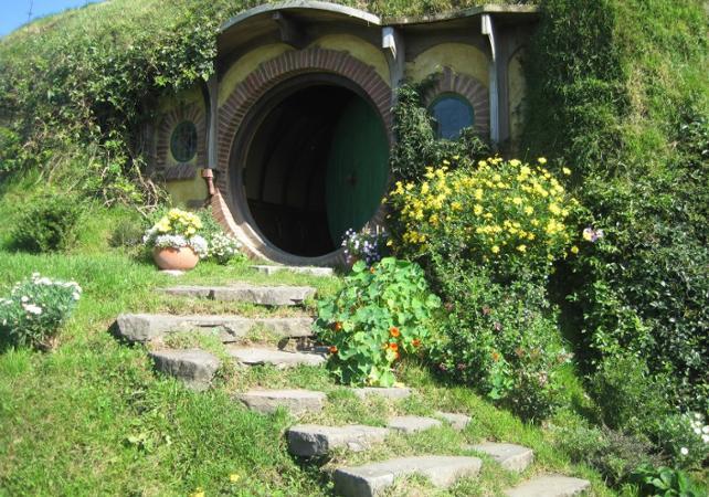 Visit Hobbiton Hobbiton Tour Ceetiz