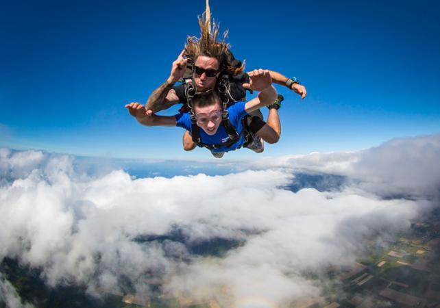 Saut en parachute à Brisbane image 1