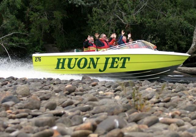 Tour en speedboat sur le fleuve Huon en Tasmanie image 3