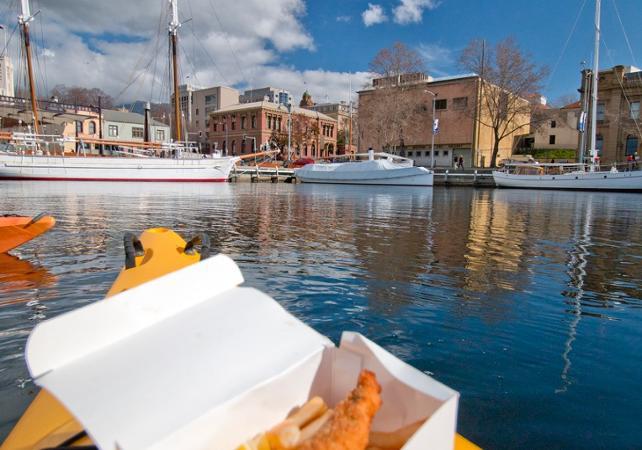Balade en kayak avec guide à la découverte de Hobart – Déjeuner inclus image 2
