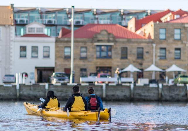 Balade en kayak avec guide à la découverte de Hobart – Déjeuner inclus image 4
