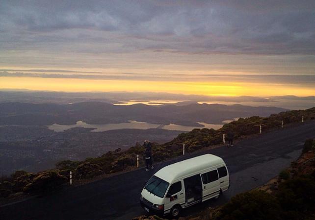 Excursion autour de Hobart : Mont Field, chutes Russell, diables de Tasmanie et Mont Wellington – Au départ de Hobart image 1