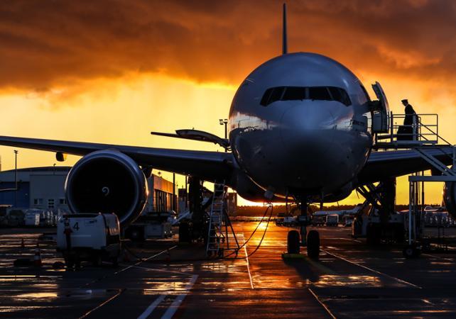 Transfert privé entre l'aéroport international de Hobart et le centre-ville - 1 à 7 personnes par véhicule image 1