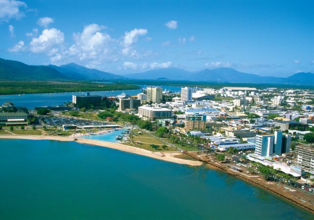Tour guidé de Cairns et de ses alentours en bus image 3