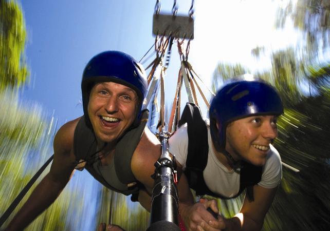 Package adrénaline : sauts à l'élastique illimités et tyrolienne géante à Cairns image 5