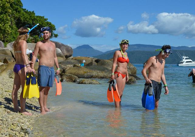 Tour en kayak & plongée avec masque et tuba à Fitzroy Island sur la Grande Barrière de Corail – Au départ de Cairns image 10
