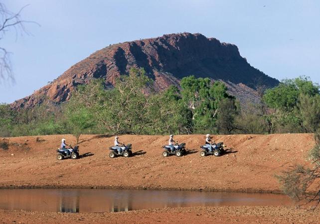 Balade en quad dans le désert - Au départ d'Alice Springs image 3