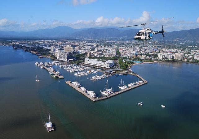 Survol de la Grande Barrière de Corail en hélicoptère – Au départ de Cairns image 6