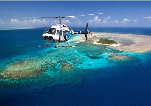 Survol de la Grande Barrière de Corail en hélicoptère – Au départ de Cairns image 1