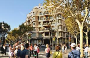 Modernism in Barcelona: Guided Walking Tour of the Eixample Quarter