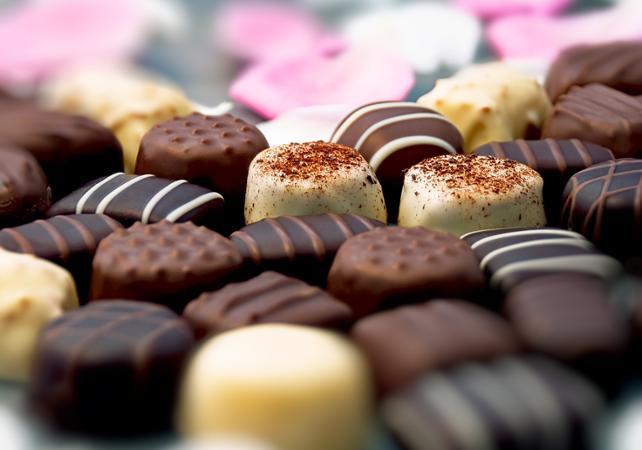 Démonstration chez un chocolatier et grand tour en bus de la ville image 1