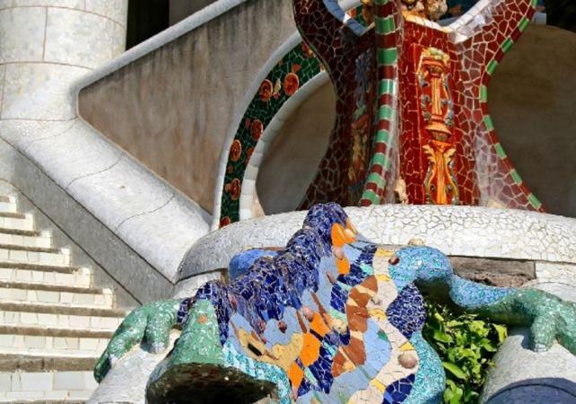 Tour de Barcelone en bus et visite de la Sagrada Familia et du Poble Espanyol - Barcelone - Barcelone -