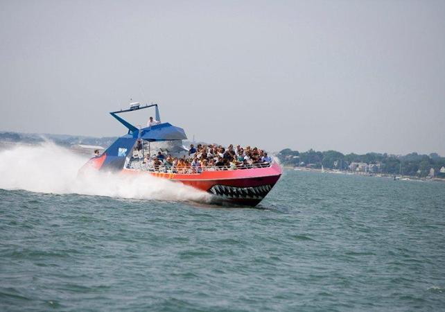 Extreme Speed Boat Cruise On Board Codzilla Boston