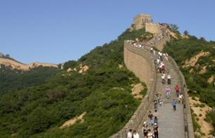Private Tour: The Great Wall of China & The Ming Dynasty Tombs – Hotel pick-up/drop-off