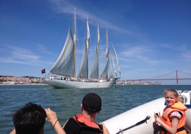 Dîner romantique à bord d'un voilier privatif - Lisbonne -