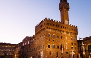 Guided Tour of the Secret Passages of the Palazzo Vecchio – Lunch Included