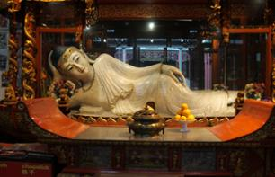 Private visit of Shanghai's main sites - Jade Buddha Temple - hotel departure