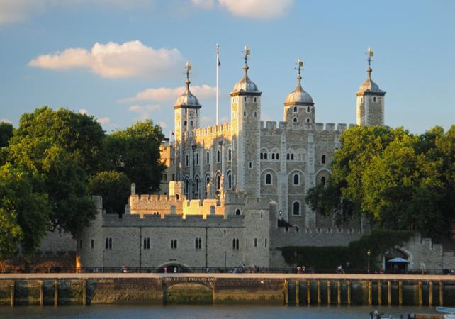 Ver la ciudad,City tours,Visitas en barco o acuáticas,Cruises, sailing & water tours,London Tower and Bridge,Entrada + crucero,Crucero Támesis,Thames River Cruise,Torre y Puente de Londres