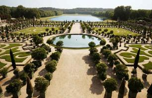 Château de Versailles & Gardens Guided Tour – Train from Paris