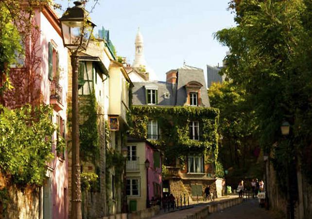 Visite guidée à pied de Montmartre - new-paris -