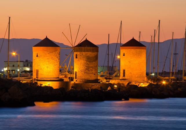 Photo Visite guidée nocturne de Rhodes