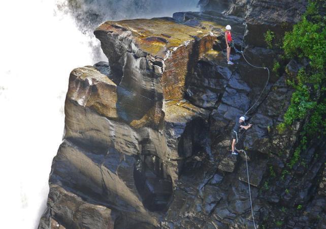 Klettersteig Quebec : Zip lining klettersteig via ferrata trail in the sainte anne