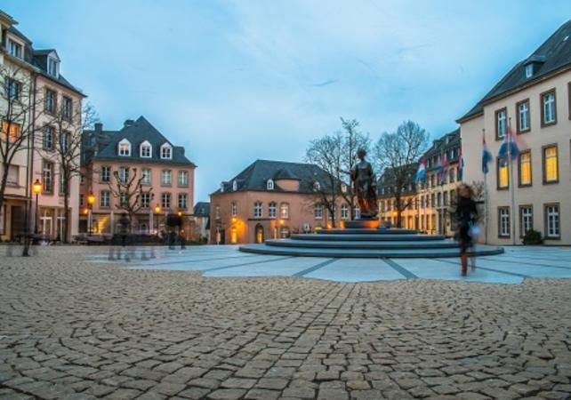 Visiter luxembourg ville visiter luxembourg ville en bus for Piscine luxembourg ville