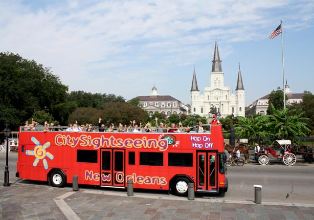 transport pass hop on hop off bus tour of new orleans 50 monuments attractions. Black Bedroom Furniture Sets. Home Design Ideas
