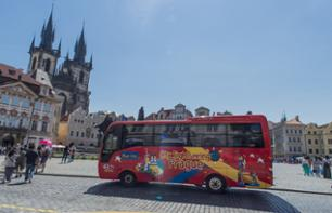 Prague en bus à arrêts multiples - Pass transport 24h ou 48h