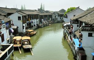 Guided Tour of Zhujiajiao – Leaving from Shanghai