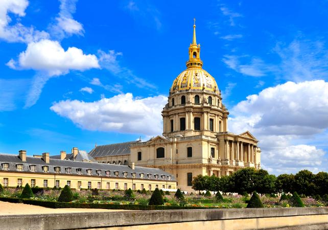 Walking tours: Guided Tour of Les Invalides and the Army Museum – Access to restricted areas