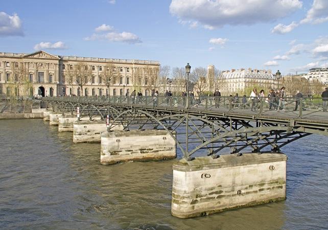Paris gef hrter rundgang durch das herz von saint germain des pr s - Pont des arts hong kong ...