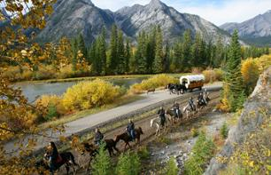 In the Footsteps of the Cowboys of the Rockies: Horse riding and barbecue – Departing from Banff