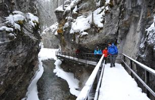 Hike in a Frozen Canyon in the Heart of the Canadian Rockies – Departing from Banff