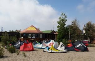Learn to Kitesurf - 1 hour from Tarragona - Ebro Delta