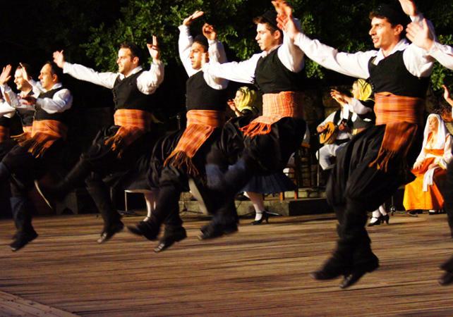 Spectacle de danses traditionnelles grecques au Théâtre Dora Stratou - Athènes -