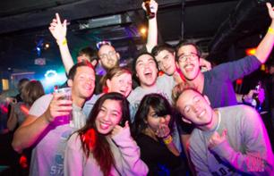 Hong Kong by Night: Bar crawl and VIP entry to a nightclub