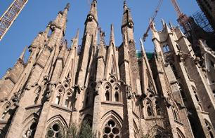 Barcelona Electric Bike Tour + Sagrada Familia Skip-the-line Ticket