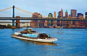Lunch cruise in New York – In a glass panel boat
