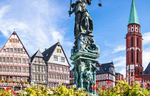 Guided Tour of Frankfurt by Bus and on Foot