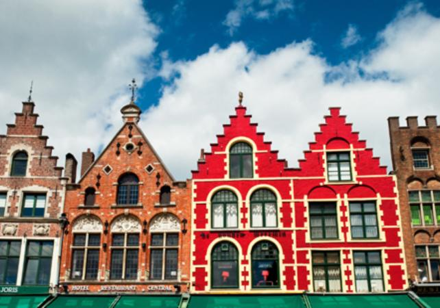 Visite privée de Bruges et ses Musées – déjeuner traditionnel inclus image 3