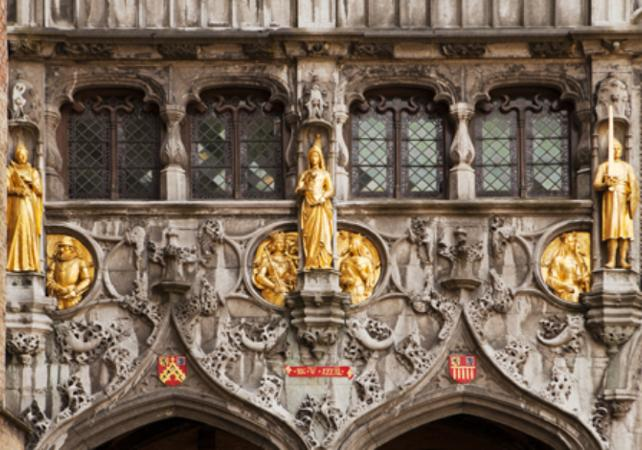 Visite privée de Bruges et ses Musées – déjeuner traditionnel inclus image 1