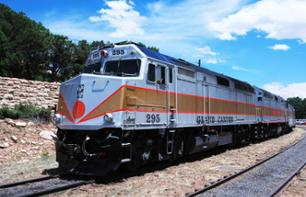 Spend a Night in a Small Arizona Town and Cross the Grand Canyon by Train – 2-day excursion