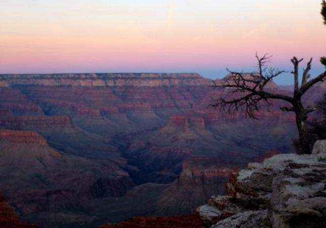 Photo Excursion de 2 jours avec nuit dans un hôtel au cœur du Grand Canyon au départ de Las Vegas