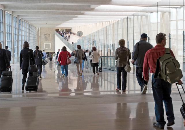 Transfert en voiture privée de votre hôtel aux aéroports Luton ou Stansted - Londres -