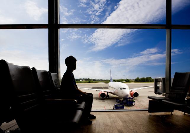 Transfert de votre hôtel à City Airport en voiture privée - Londres -